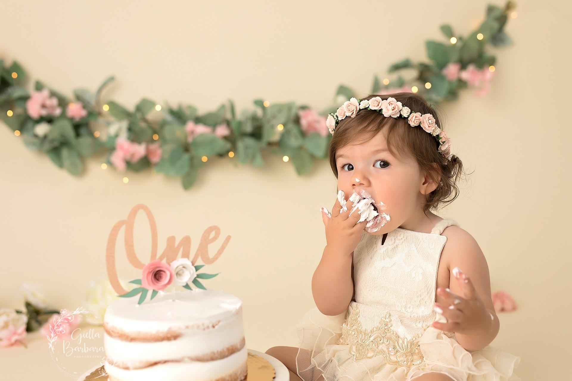 Boho Floral Cake Smash