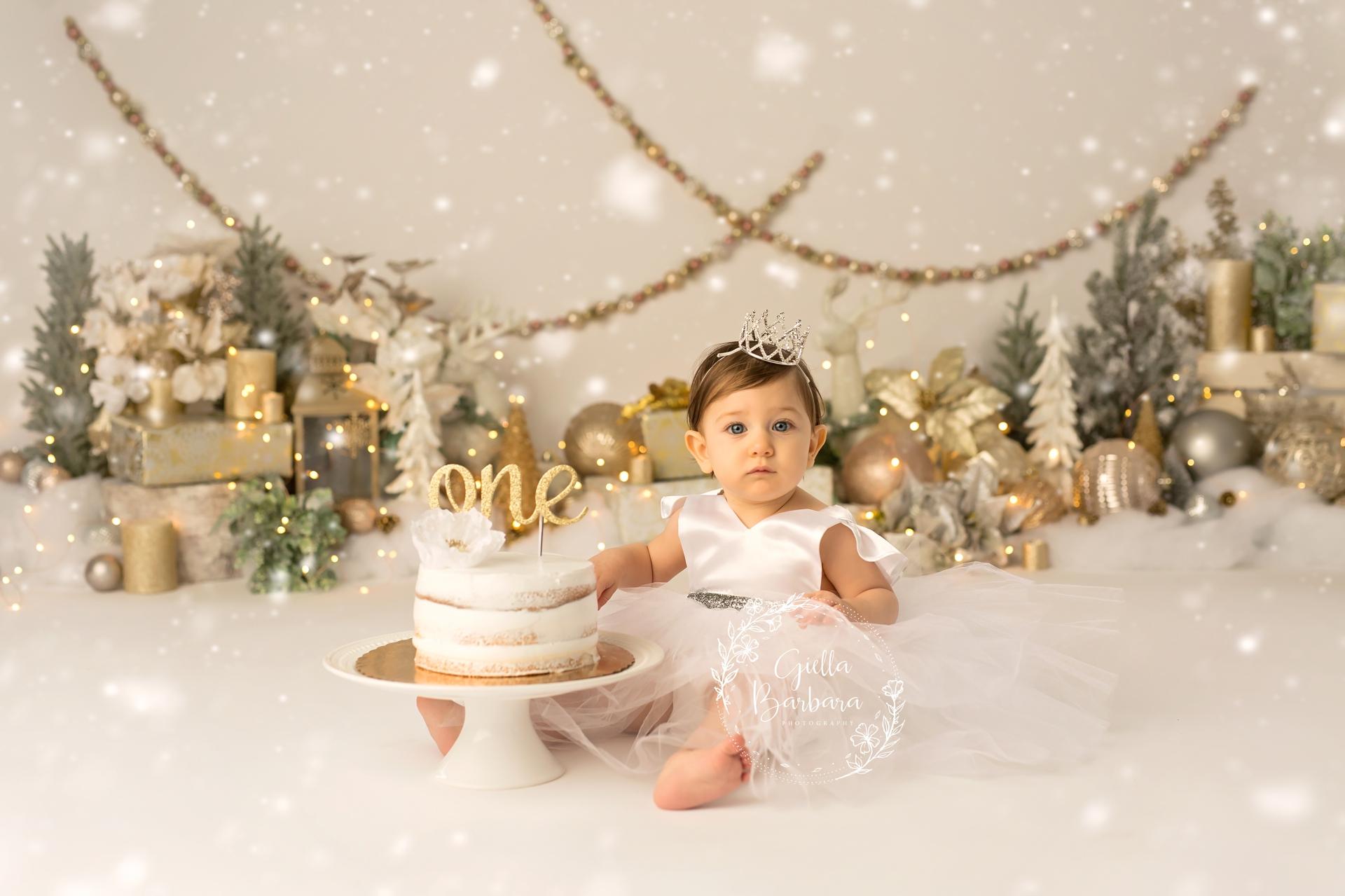 Winter Sparkle Cake Smash