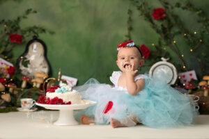 Alice in Wonderland Cake Smash