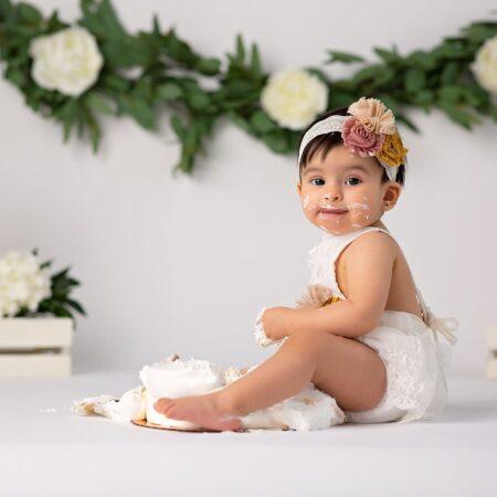 Arya ~ Baby Girl Cake Smash ~ Northern NJ Photographer